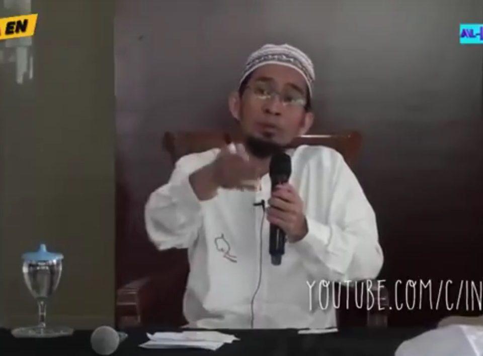 3 Hal Penting Imam Shalat